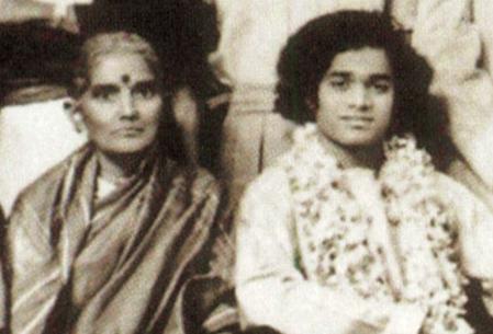Easwarama and Swami